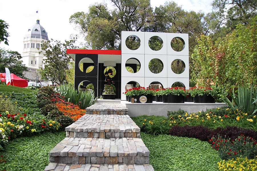 Floral girl melbourne international flower garden show for Landscape design melbourne
