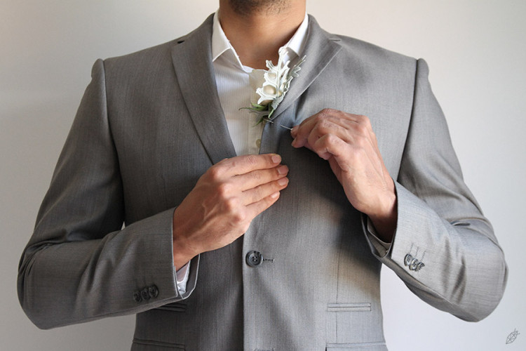 FG_HOW_TO_PIN_BOUTONNIERE_03