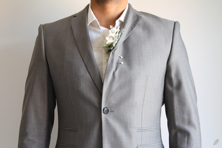 FG_HOW_TO_PIN_BOUTONNIERE_05